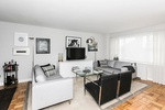 Convertible 3 Bedroom 2 Bathroom Apartment In The Heart of Riverdale